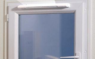 Как предотвратить образование наледи на стеклах зимой?