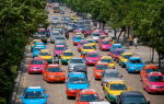 10 особенных правил дорожного движения в разных странах